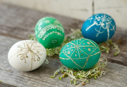022813_easter_eggdec_3-590x403_large