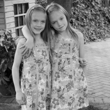 Daisy and Phoebe Tomlinson | via Facebook