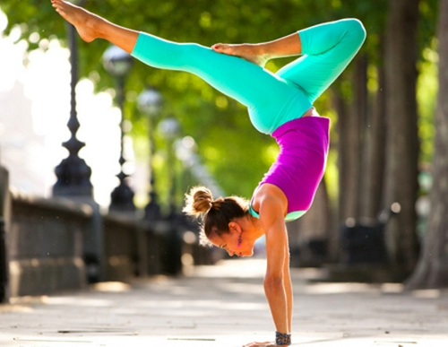 Hot-yoga-1_large