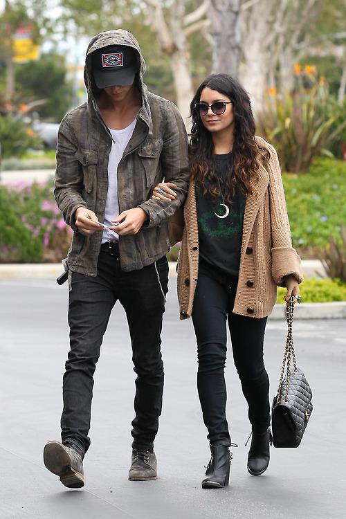 Vanessa Hudgens & Austin Butler ️ | We Heart It | couple ...