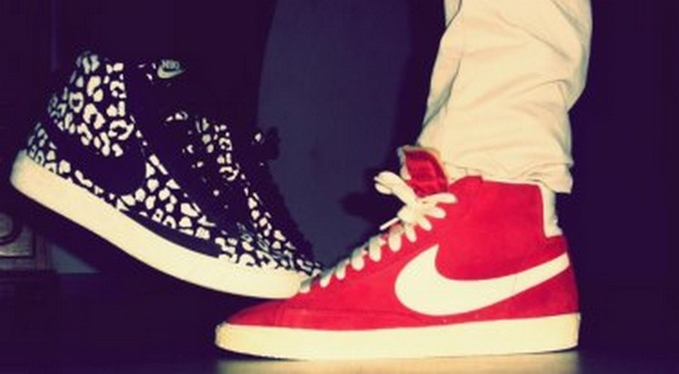 Kiss her and make her flyy we heart it love couple - Photo couple swag ...