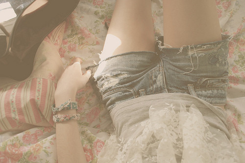 Photo,bed,fashion,muted,shorts-389d65a025a4674b05838ba7824b271c_h_large