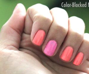 nails color blocking