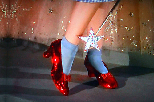 Ruby-slippers-wizard-of-oz_large
