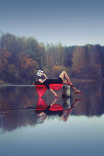 Red,books,girl,lake,lying,down,reading-1202e2b1d6f07d87cfe49c14ed4d16eb_h_large