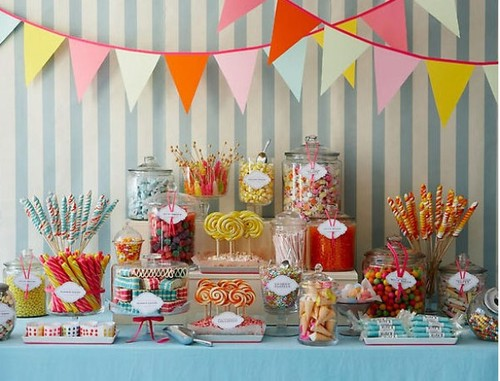 Old-fashioned-wedding-candy-bar_large