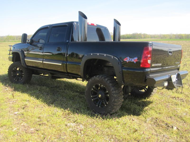 Eb Aff F C D Bd Cce A furthermore Bf Fa E C D E C E also Pic besides Chevrolet Colorado Z Trail Boss Concept Is A Ford F Raptor Clone At Sema moreover F Ade Ca Df D A. on diesel trucks lifted with stacks