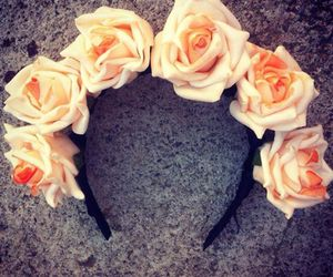 Flower Crowns By L | via Facebook