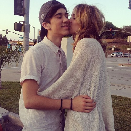Who is acacia clark dating 2013
