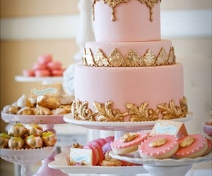 ☆ happy pink ☆ / Marie Antoinette Dessert Table