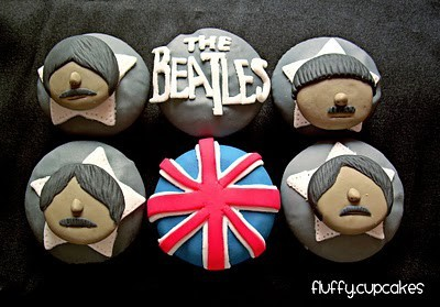 Design-fetish-beatles-cupcakes_large