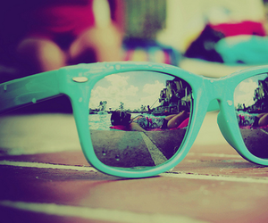 beach sunglasses | via Tumblr