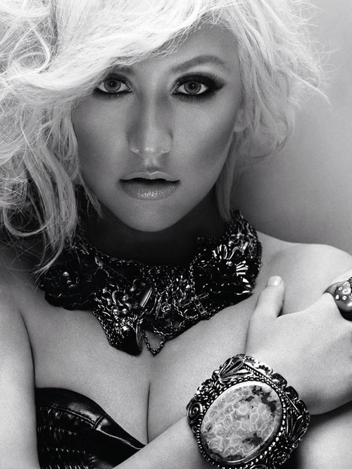 Christina-aguilera-instyle-uk-december-2010-2__large