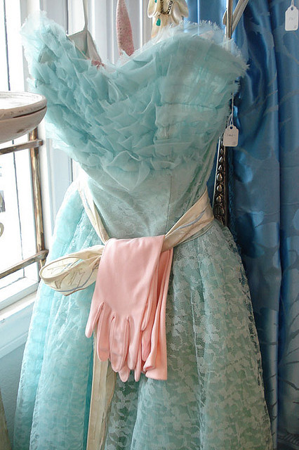 Aqua Blue Ruffled Prom Dress | Flickr : partage de photos !