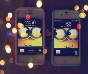 iPhone minions by @asaelmalik