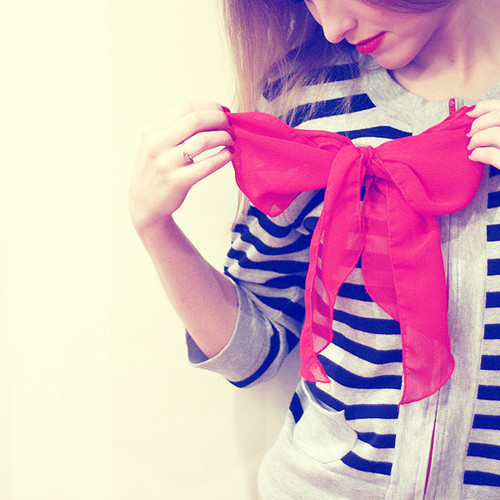 Bow,fashion,girl,photography-e18f52a1cf2ec42df1a1fa9ae135b818_h_large