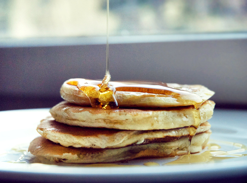 http://data.whicdn.com/images/7017724/americanpancakes_130769004_large.jpg?1297284166