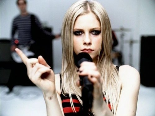 Before After: Avril Lavigne. photo 3