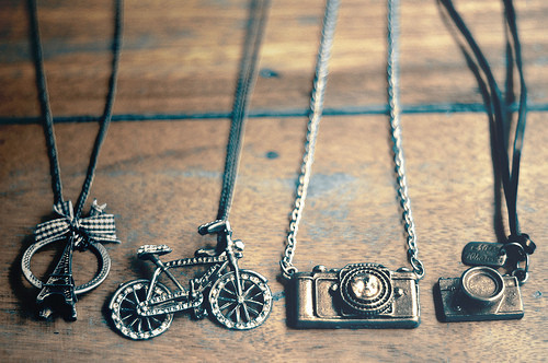 Jewellery,bicycle,bicycle,necklace,bike,camera,camera,necklace-b9475a8929c68fc4a5e372448bb8cf67_h_large