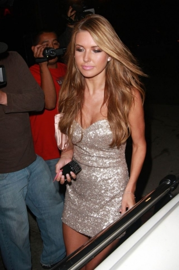 Audrina-patridge-is-a-real-hottie_large