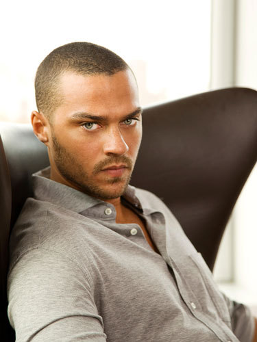 Cos-jesse-williams-fashion-5-lgn_large