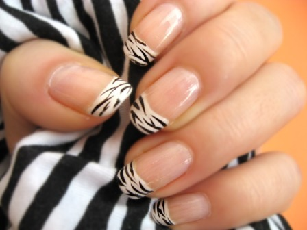 Zebra_nail_polish_large