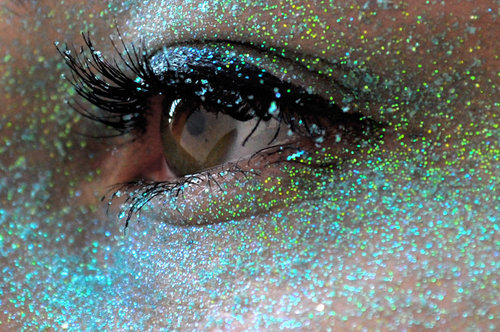 Glitter_blue__by_klaaines-d3ayr4r_large