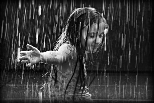 A beautiful story-Dancing in the rain.....