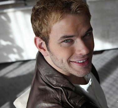 Kellan-lutz-506_large