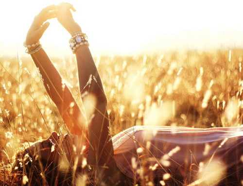 Моят предишен живот! Amazing,beautiful,fantasic,girl,light,summer-2cbbcee424ad1a4a4c1e756f61323bf6_h_large