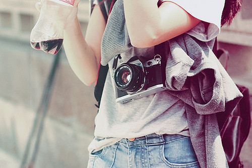 Camera,girl,grey,photography,audience,photo-51f74f6ff4c5fd751f9970a23ece09b0_h_large
