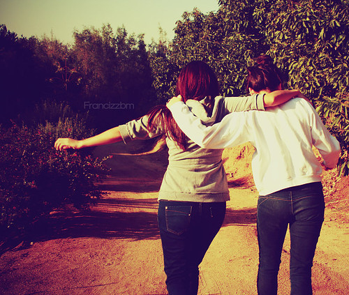 Friends,friends,forever,friendship,girl,person,nature-fb4fde25d7c56440b1111bff228397ef_h_large