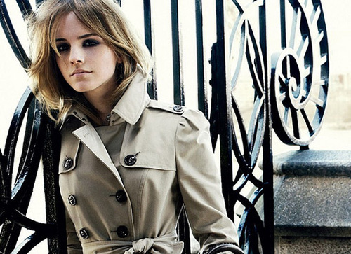 When; a girl is in love, you can see it in her smile { Chantelle Relations} Emma_watson_burberry_03_large