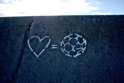 Love-equals-football_large