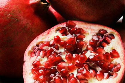 Ss_pr_100223superfood.pomegranate_large