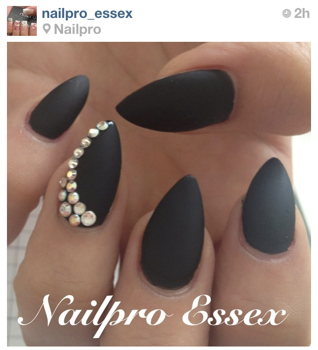 ... Matte Stiletto Nails Pink And Gold. on matte nail designs with