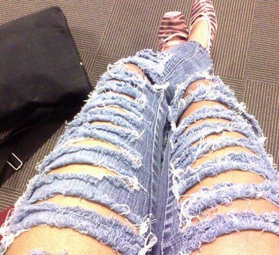 Ripped-jeans_large