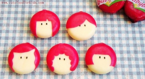 http://data.whicdn.com/images/8937974/babybel-food-art-2-528x289_large.jpg