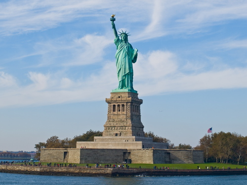 The-statue-of-liberty-ny_large