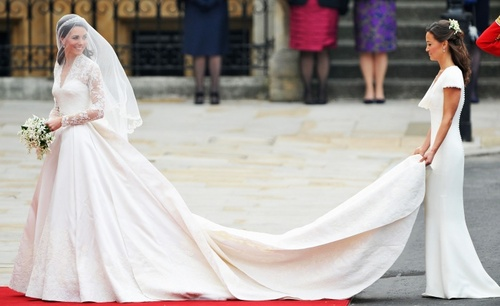 Img-kate-middleton-wedding-dress_075548914142.jpg_article_gallery_slideshow_v2_large