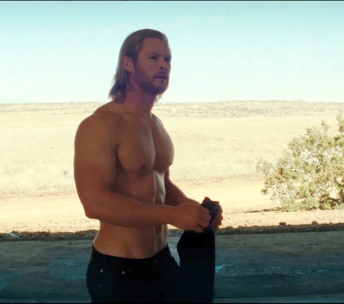 Chris+hemsworth+thor+sin+camiseta+shirtless_large