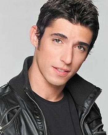 Zuria Vega Y Alberto Guerra Alberto Guerra (actor)...