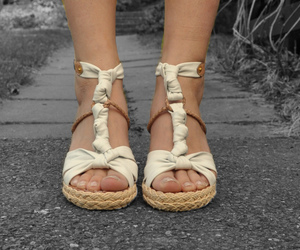 shoes beige
