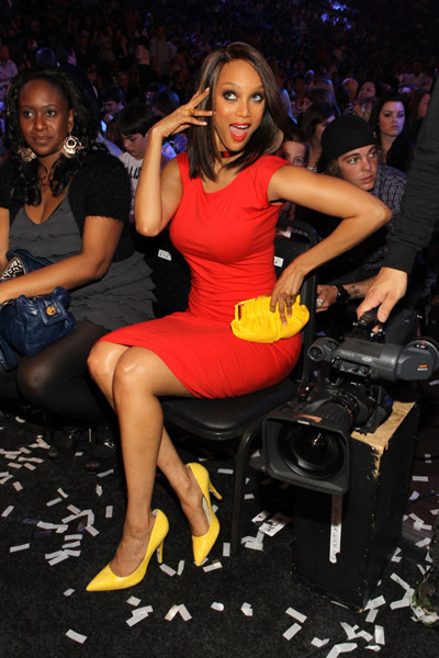 Happy-37th-birthday-tyra-tyra-banks-17482999-400-600_large