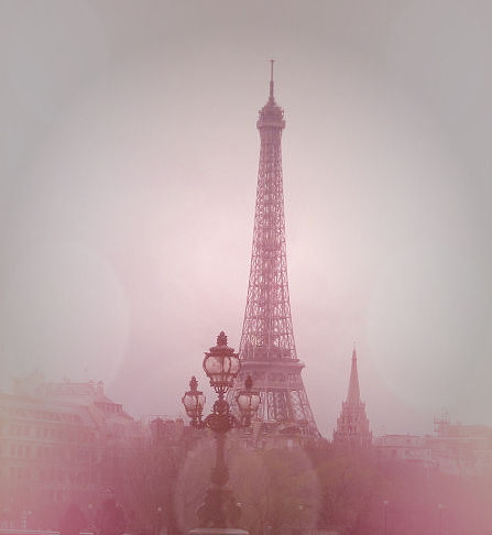 Beautiful-bokeh.antique-dreary-eiffel-tower-france-paris-favim.com-43115_large