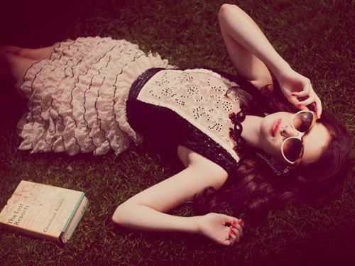 Emma-roberts-1110-4-de_large