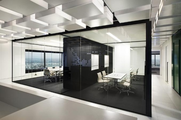 Gorgeous Black And White Office Interior Designs Ideas