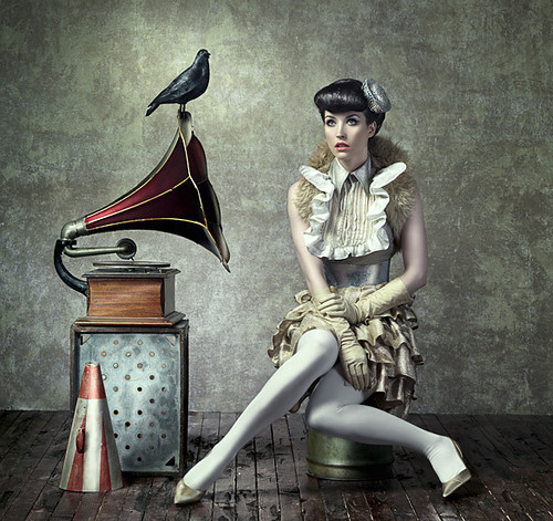 Gramafon Photography,art,august,bradley,fashion,gramophone,paintish-9f68f269a96941567f6117801a71c03c_h_large