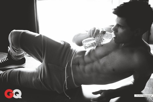Taylor-lautner-gq-photoshoot_148958425_large