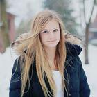 Kaya Theuer